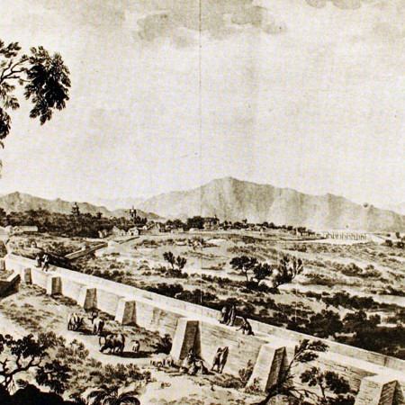 Veduta di Santiago con parte dell'argine del fiume Mapocho